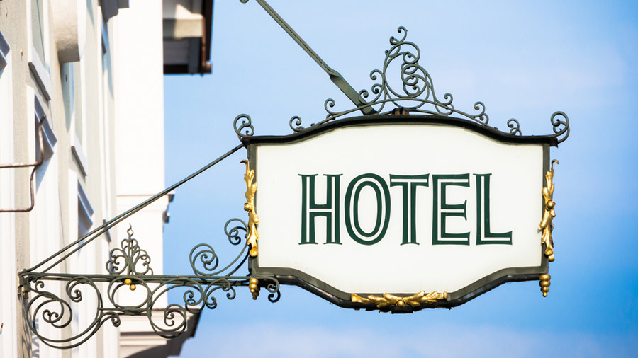 Don't leave your guests guessing – bottled water for the hotel industry